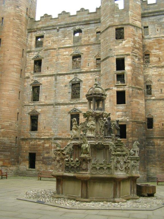 Fountain at Linlithglow Castle in Edinburgh